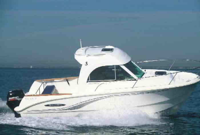 Beneteau Antares 650 'Voyager 2' RYA PowerBoat Courses Scotland